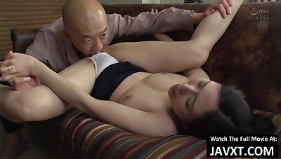 Bonny Asian mature Screwed - japanese porn