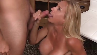 Busty Mature Wife Cheat On Her Retrench Fro A Teenager Part 3