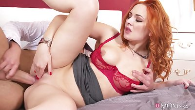 Redhead MILF Eva Berger pleased Connor James yon pussy fuck