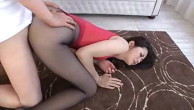 Asian Mature Pantyhose Show