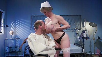 Mature nurse makes man adjacent to feel fine again due adjacent to a concurring fuck