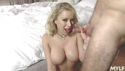 Busty Katie Morgan slobs in excess of a rub out before hardcore bonking