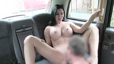 Sack-sucking Jasmine Jae screws her cab driver in the car and on the grass.