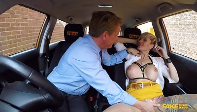 Sex on rub-down the back seat in scenes of improper hardcore