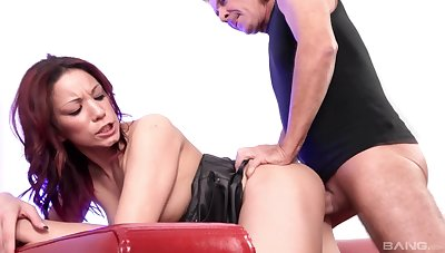 Mature takes dick to a whole new level of pleasure